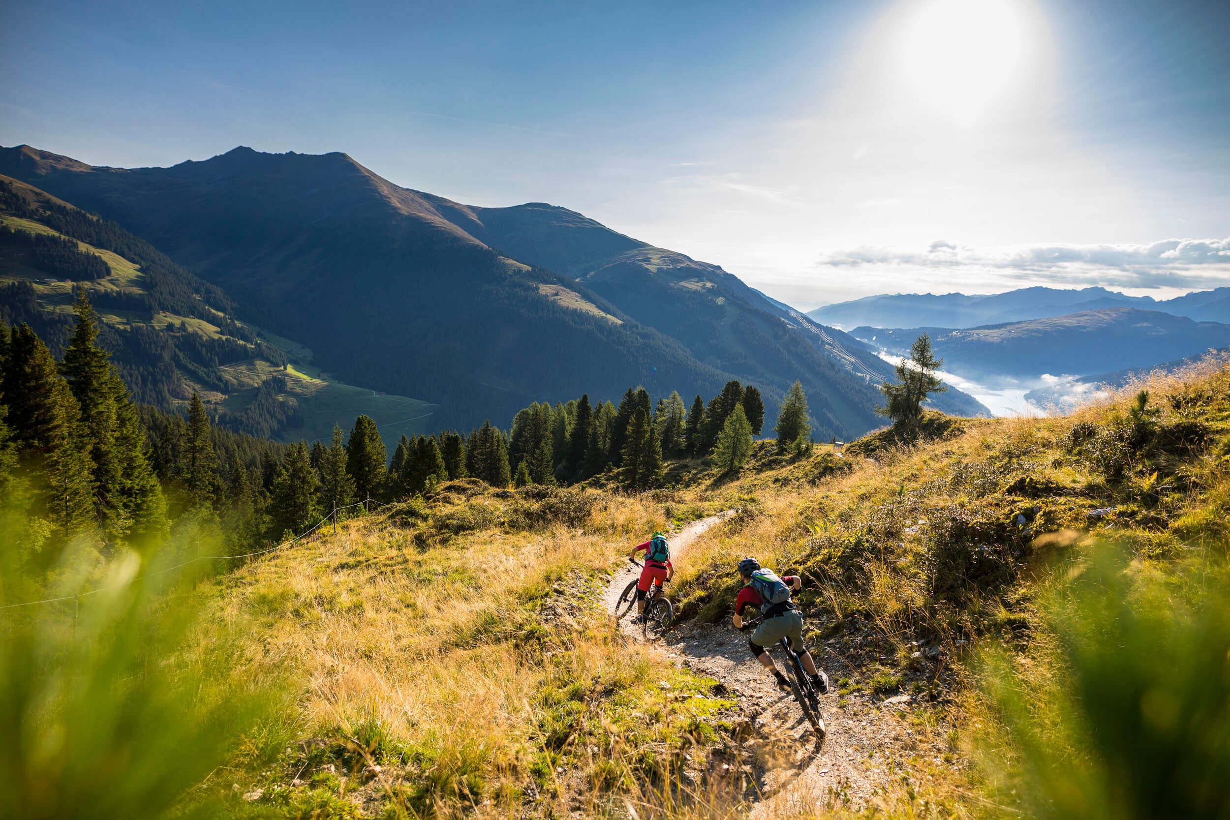 Signature Trail mit traumhafter Aussicht - Isskogel Trail © WOM Medien