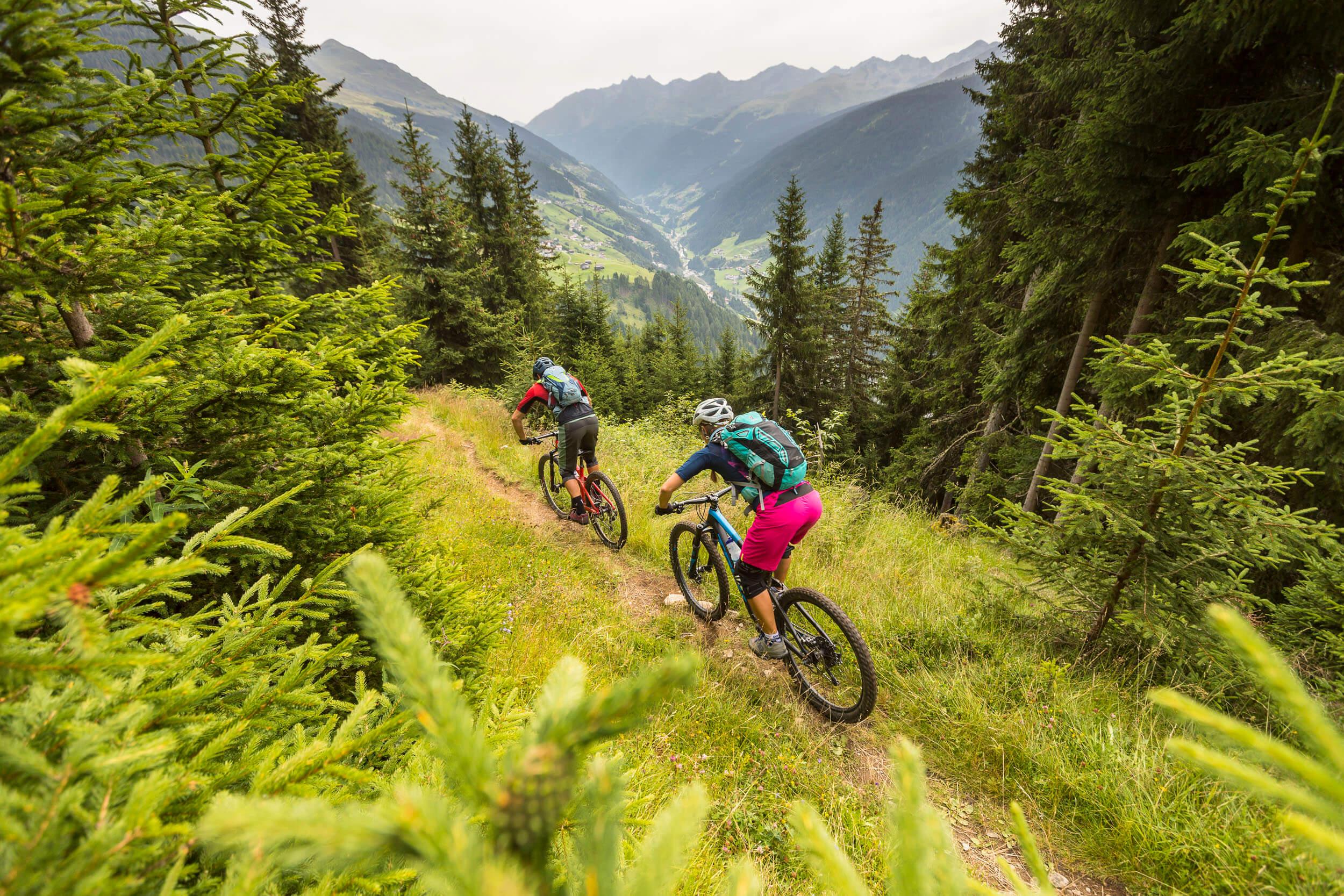 Anspruchsvoller Singltrail am Velill Trail © WOM Medien